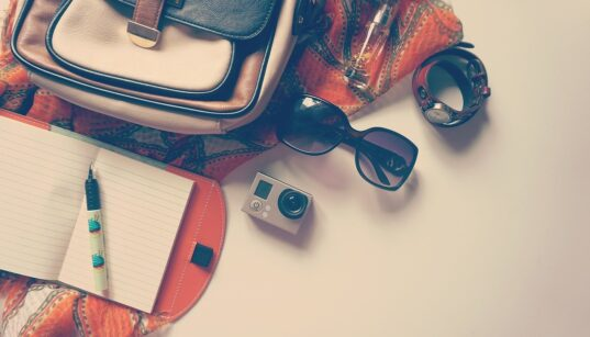 sunglasses while travelling